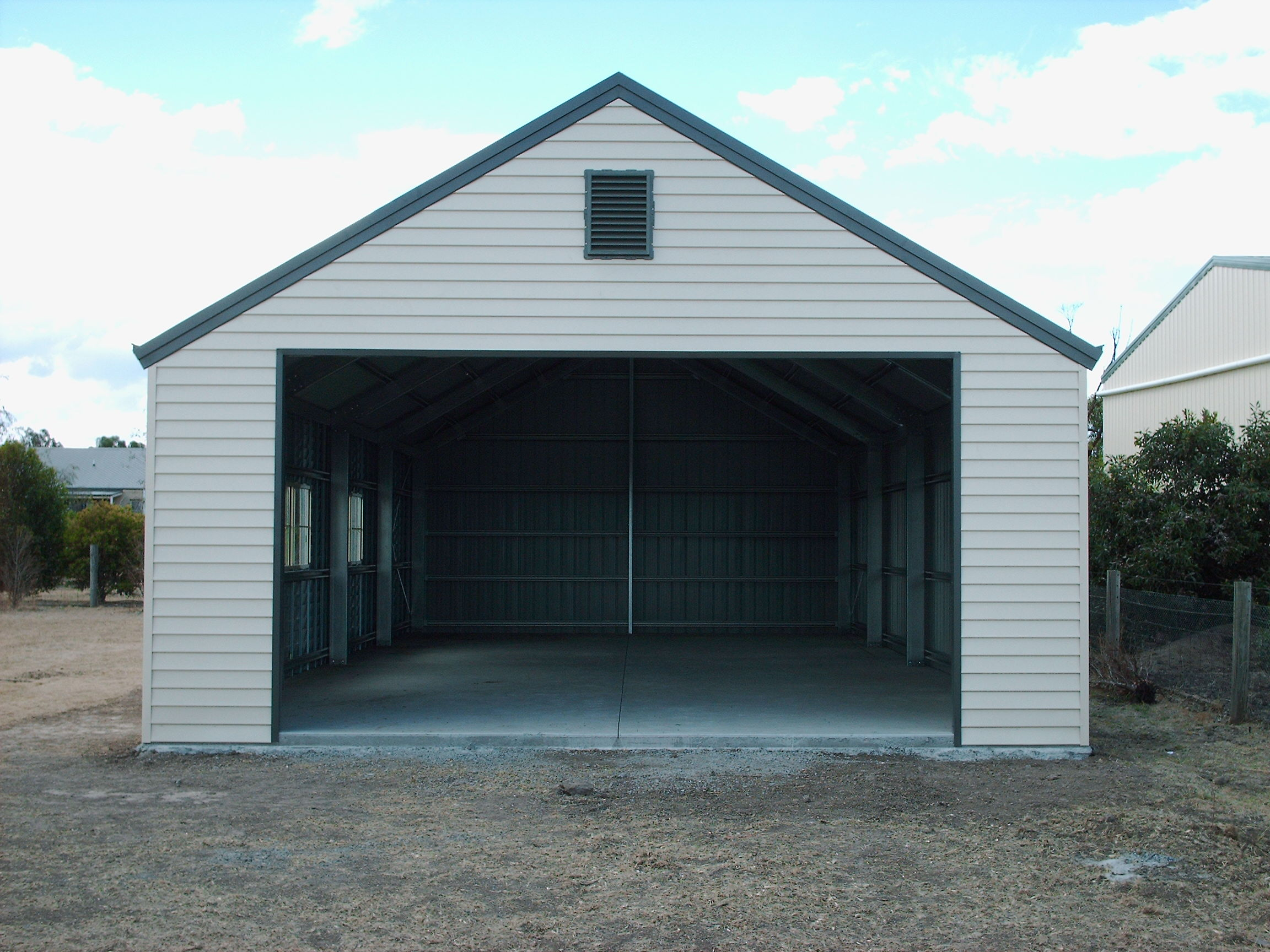 weatherboard shed
